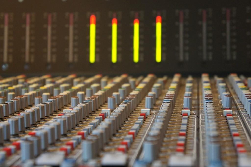 mixing-fundamentals-eq
